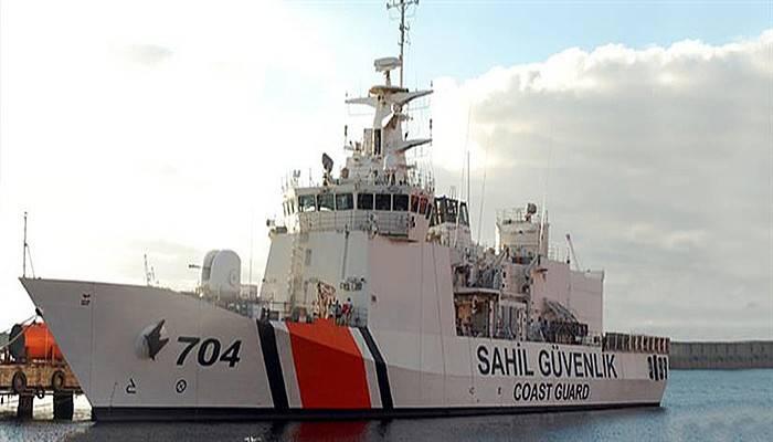 Askeri gemiler iskelelerde ziyarete açılacak