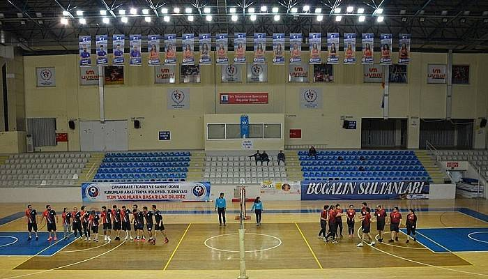 ÇTSO Troya Voleybol Turnuvası 2. Hafta Müsabakaları Yapıldı