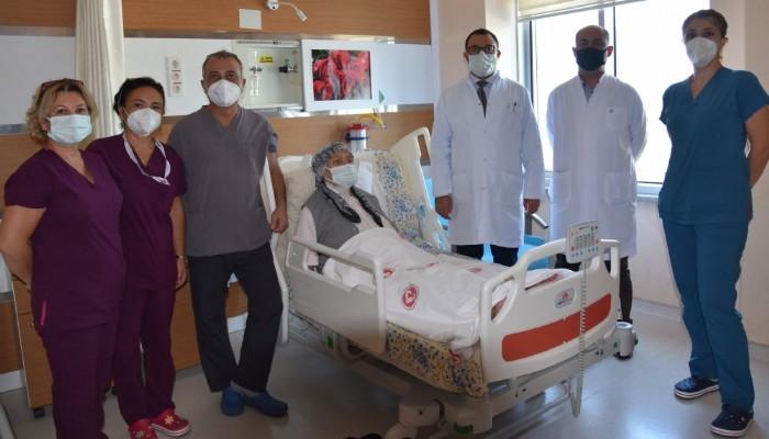Devlet Hastanesinde 3 operasyon bir arada!