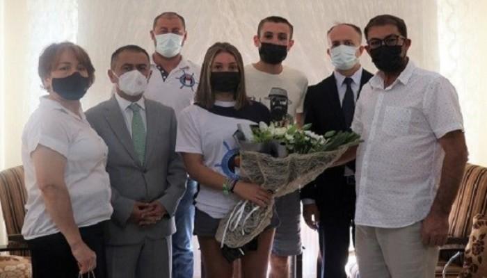 Avrupa Şampiyonu Merve Vatan'a Evinde Tebrik Ziyareti