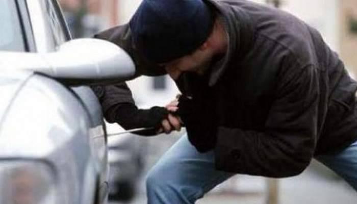 Ayvacık'ta Otomobil Hırsızlığı
