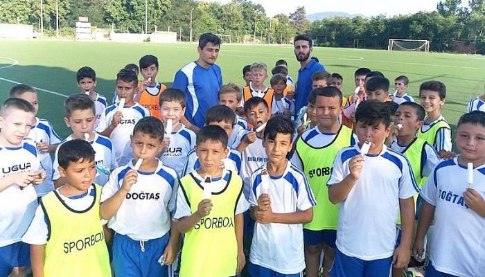 Yaz Futbol Okulu Öğrencilerine Sürpriz