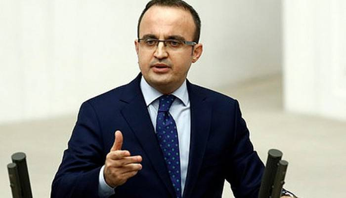 Turan'dan flaş istifa açıklaması