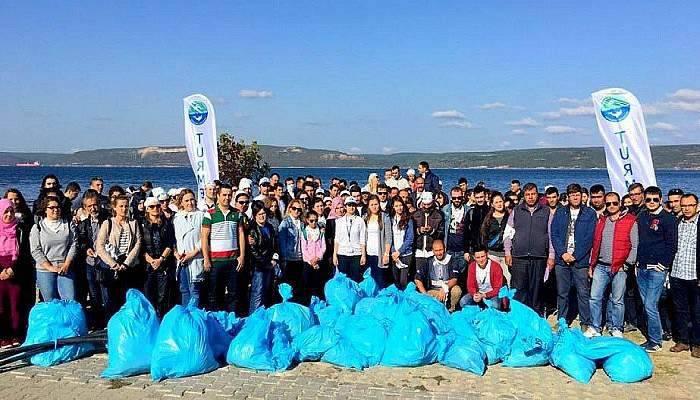 Deniz Elçileri Topluluğu'ndan kıyı temizliği