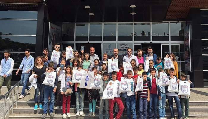Bigaspor köy öğrencilerini sinema ile buluşturdu
