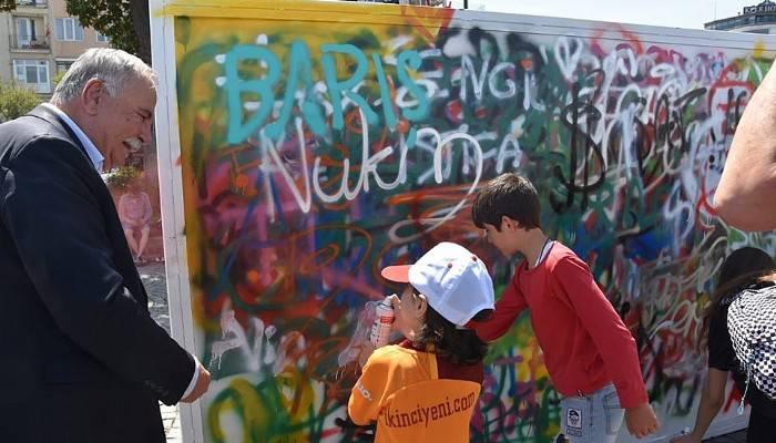Graffiti Şenliği renk kattı
