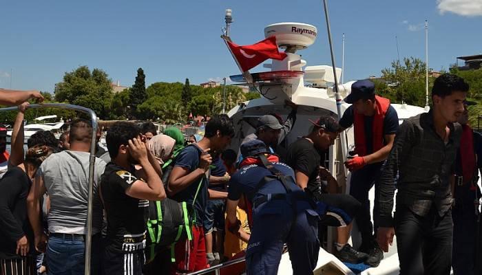Ege'de düzensiz göçmen sayısı 22 bini geçti
