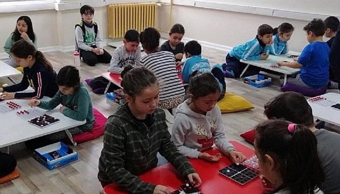 Çan Cumhuriyet İlkokulunda akıl ve zeka oyunları turnuvası