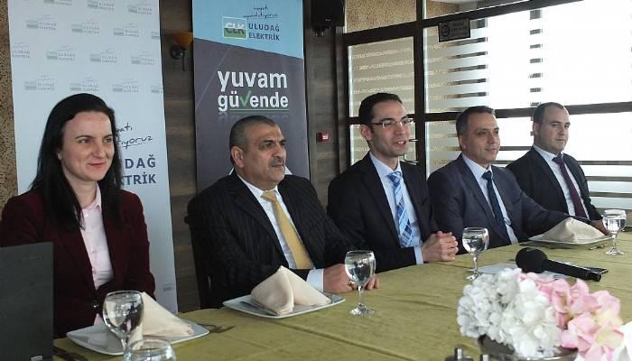 """CLK Uludağ Elektrik, """"esnek fatura"""" ile Çanakkale'deki müşterilerinin yüzünü güldürecek"""