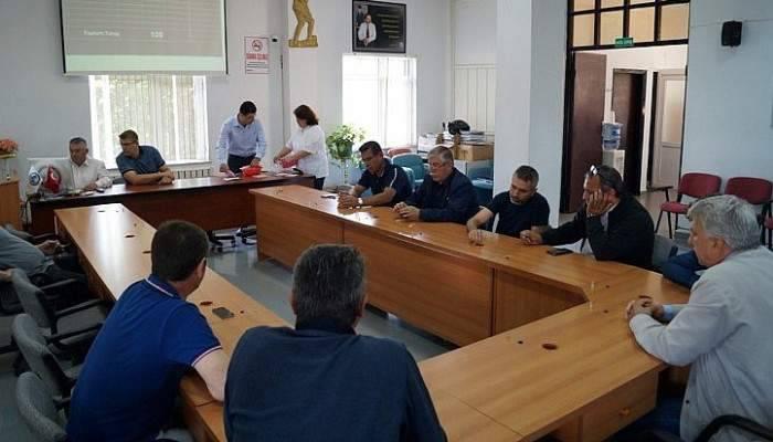 BİGA'DA SEZONUN İLK MAHSULÜ SATILDI