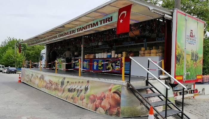 Gümüşhane-Trabzon Yöresel Ürünler Tanıtım TIR'ı Ayvacık'ta