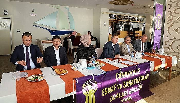 Gelibolu'da Esnaf Odaları Başkanları İle Toplantı Yapıldı