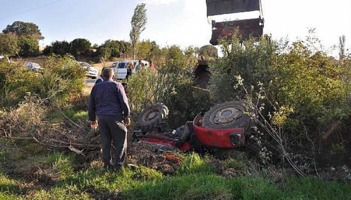 Traktörün altında kalan Suriyeli Hilef, ağır yaralandı
