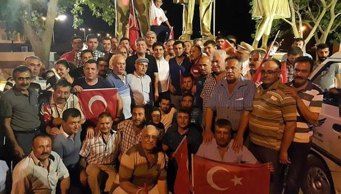 Ayvacık'ta Demokrasi Yürüyüşü