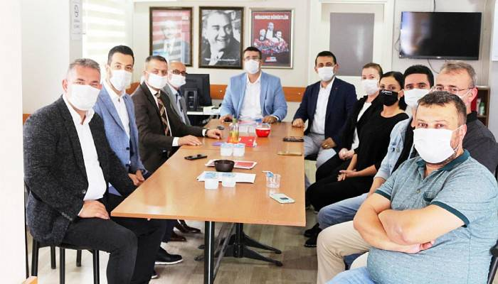 AK PARTİ BİGA İLÇE BAŞKANI CHP'Yİ ZİYARET ETTİ