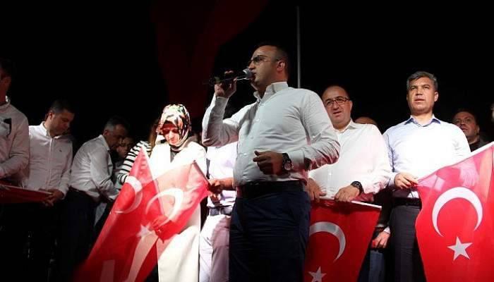 """AK Parti Grup Başkanvekili Turan: """"Çanakkale geçilmez ruhunu Türkiye geçilmez yaptık"""""""