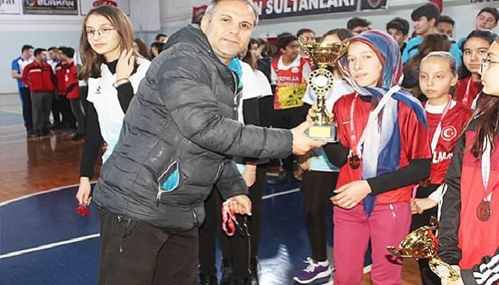 Okullar Arası Dart Turnuvası Ödülleri Sahiplerini Buldu