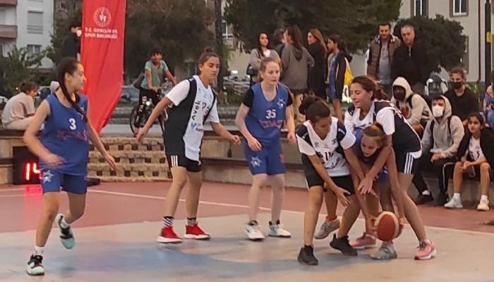On bin Pota 3X3 Sokak Basketbolu sona erdi