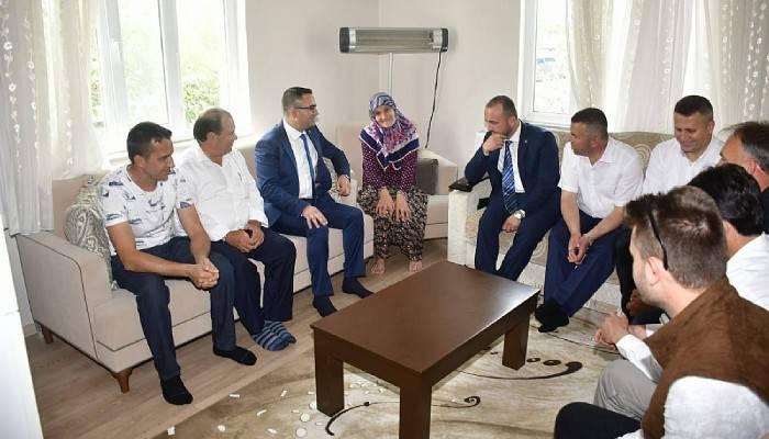 Başkan Erdoğan'dan şehit ailesine ziyaret