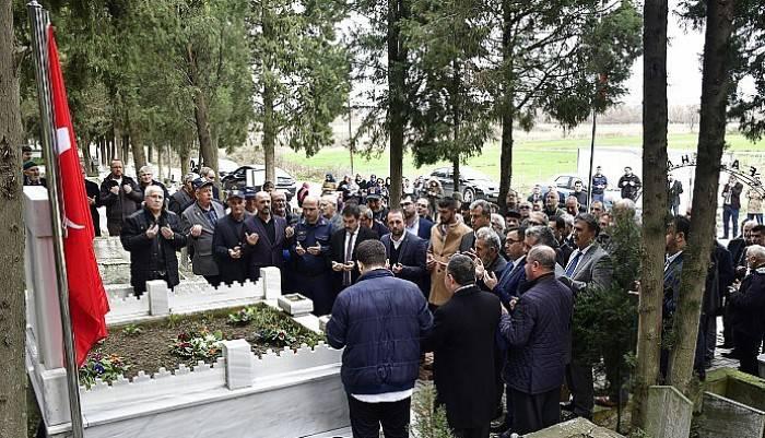 Çanakkale savaşlarının ilk kahramanlarından Bigalı Mehmet Çavuş kabri başında anıldı (VİDEO)