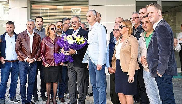 CHP'li meclis üyeleri Gökhan'a destek çıktı (VİDEO)