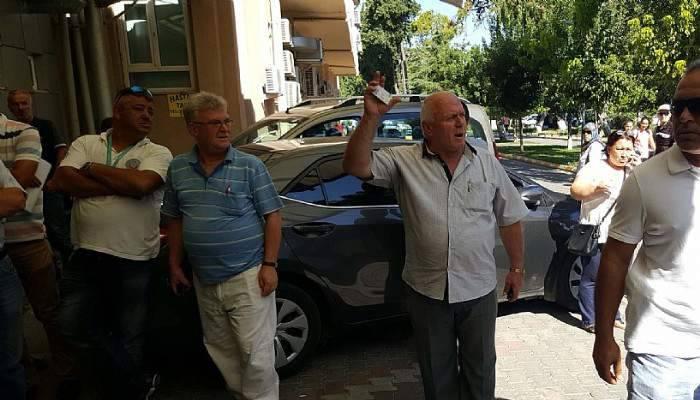 Eski rektör ve öğretim üyelerine, Kıbrıs gazisinden tepki