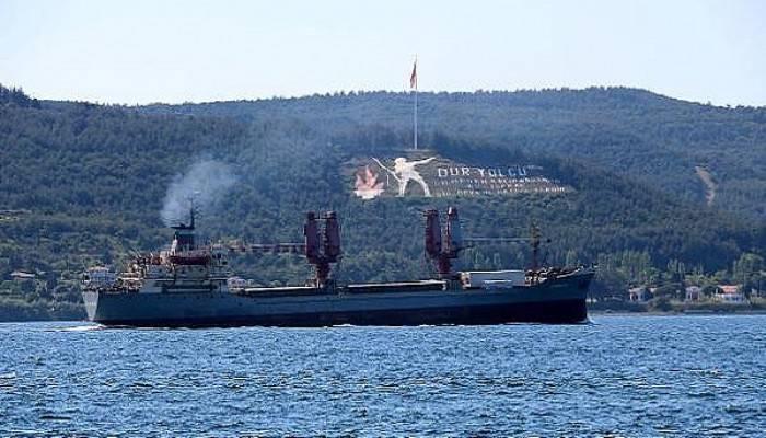 Rus askeri kargo gemisi boğazdan geçti(VİDEO)