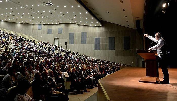 Prof. Dr. Fazlıoğlu ÇOMÜ'de konferans verdi