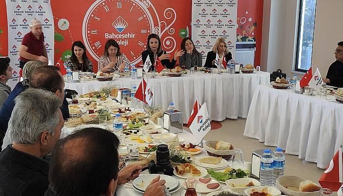 Bahçeşehir Koleji 10 Ocak Dolayısı ile Gazetecileri Ağırladı