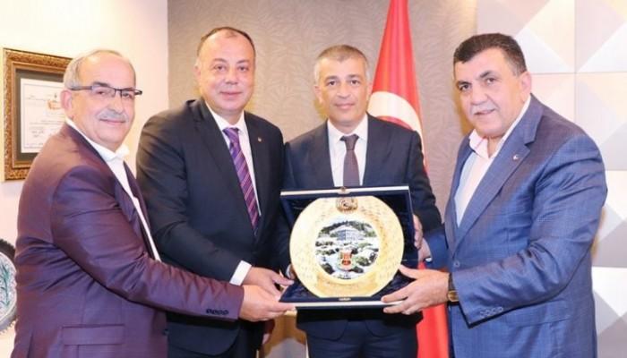 ÇTSO Başkanı Semizoğlu Rize TSO'ya konuk oldu