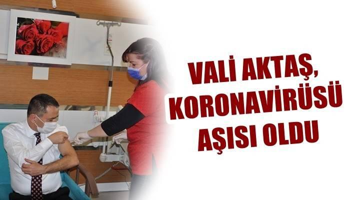 Vali İlhami Aktaş, Koronavirüs Aşısı Oldu