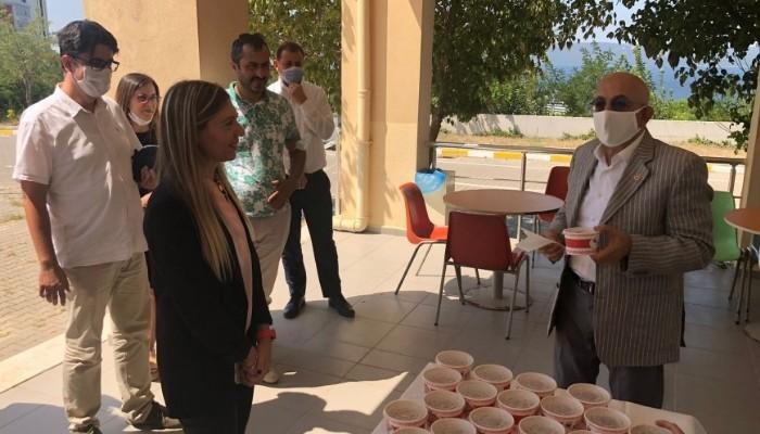 ÇOMÜ Lisansüstü Eğitim Enstitüsü Müdürlüğü'nden aşure ikramı etkinliği