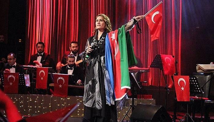 'Bir Diriliş Destanı Çanakkale' Konseri Beğeni Topladı