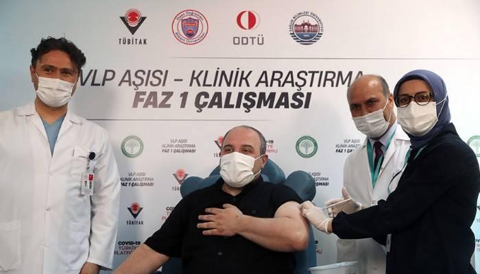 Bakan Varank, yerli aşı için gönüllü oldu!