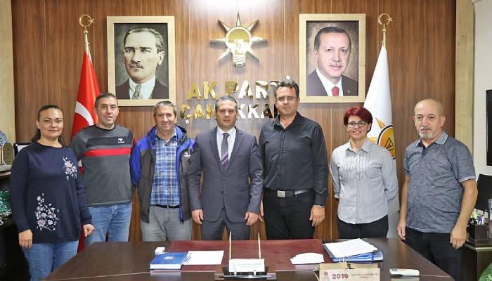 EYT Çanakkale Derneği Heyeti AK Parti İl Başkanlığını Ziyaret Etti