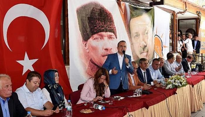 Ak Partili Turan: CHP'nin ihraç edeceği 3 kişinin avukatlığını bedava yaparım (VİDEO)