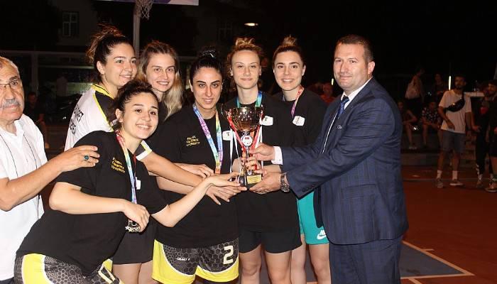 3X3 basketbol Türkiye Şampiyonası'nın kazananları belli oldu