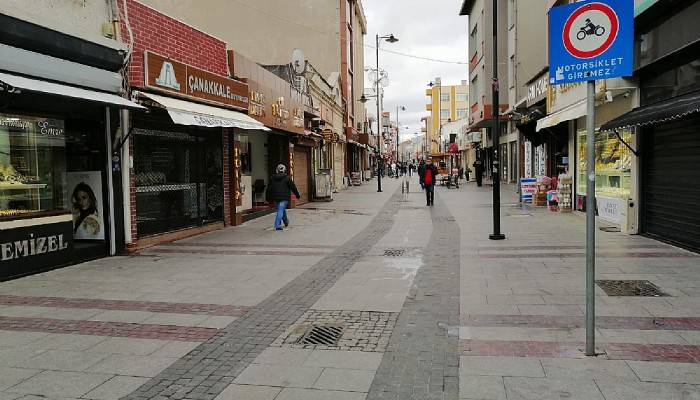 Çanakkale sokakları bomboş