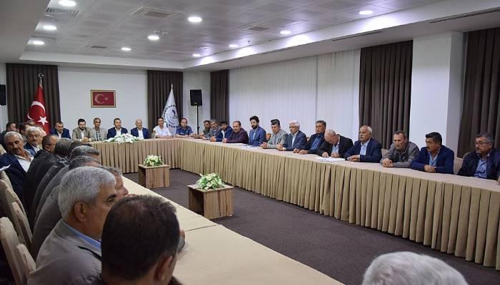 Lapseki'de Muhtarlar Toplantısı Yapıldı