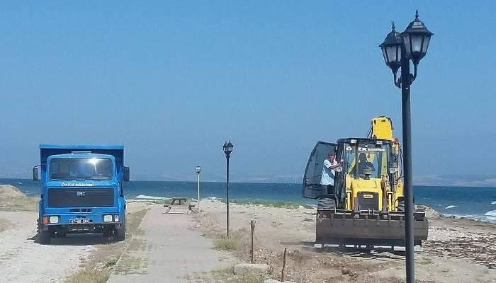 Çardak'ta sahil temizliği