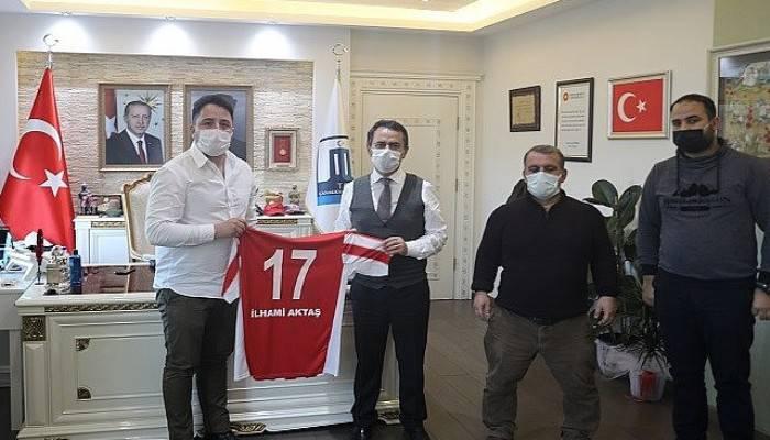 17 Gençlik Taraftarlar Derneği, Vali İlhami Aktaş'ı Ziyaret Etti