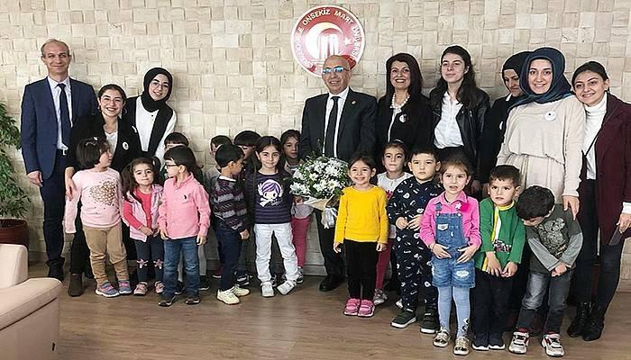 ÇABAÇAM'ın miniklerinden Rektör Murat'a ziyaret