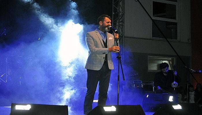Ayvacık'ta Hüseyin Turan konseri (VİDEO)