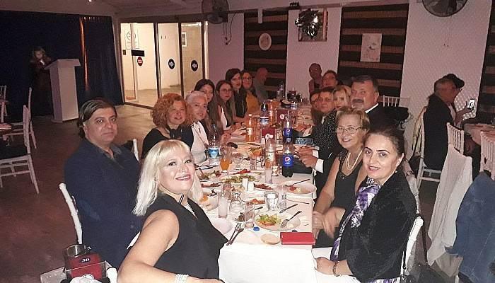 Süslü Kadınlar akşam yemeği etkinliğinde buluştu
