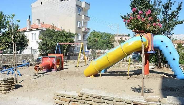 Çocuk parkına çirkin saldırı