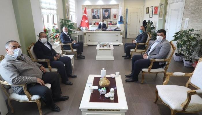 Vali Aktaş, Muhtarlar Derneği Yeni Yönetimini Kabul Etti