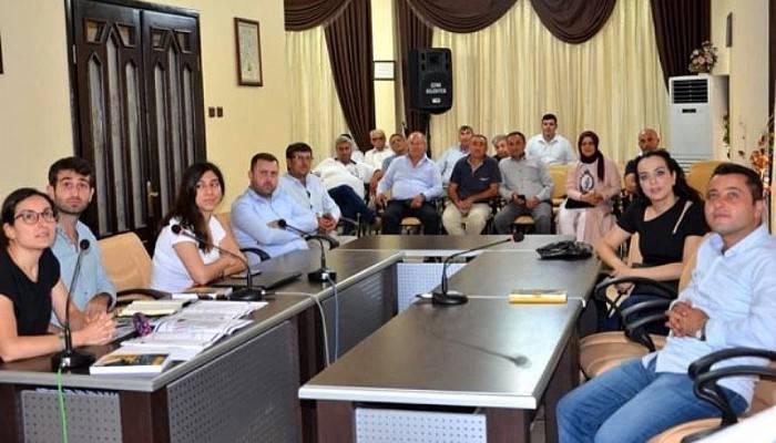 Ezine Belediyesinde Gergin Tanıtım Toplantısı