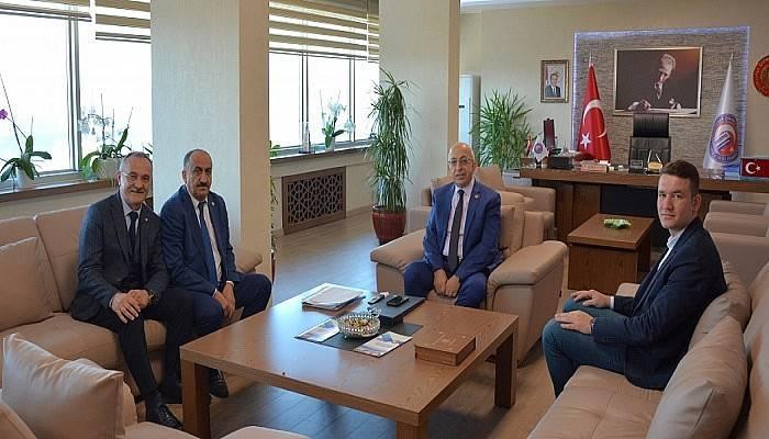 Türkiye Sağlık İşçileri Sendikası Yönetiminden ÇOMÜ Rektörü Prof. Dr. Sedat Murat'a Ziyaret
