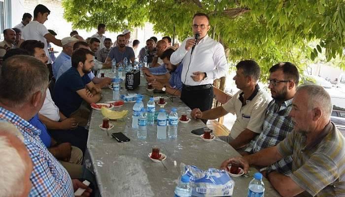 """AK Parti Grup Başkanvekili Turan; """"Meydanların tek sahibi millettir"""""""