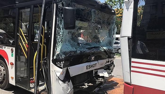 Halk otobüsleri çarpıştı: 11 yaralı